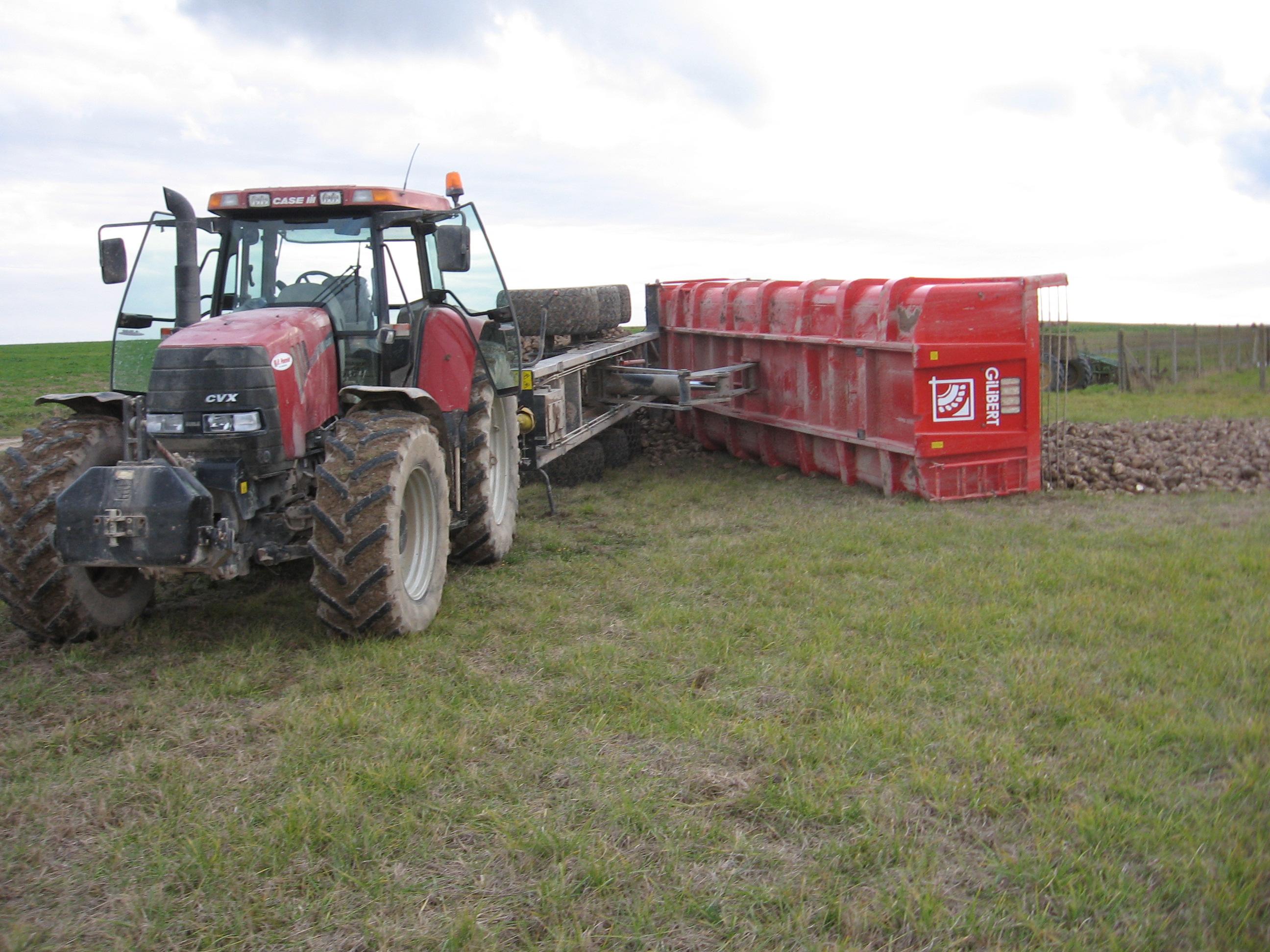 Avis s rie pro de la marque gilibert remorques agricoles for Porte agricole