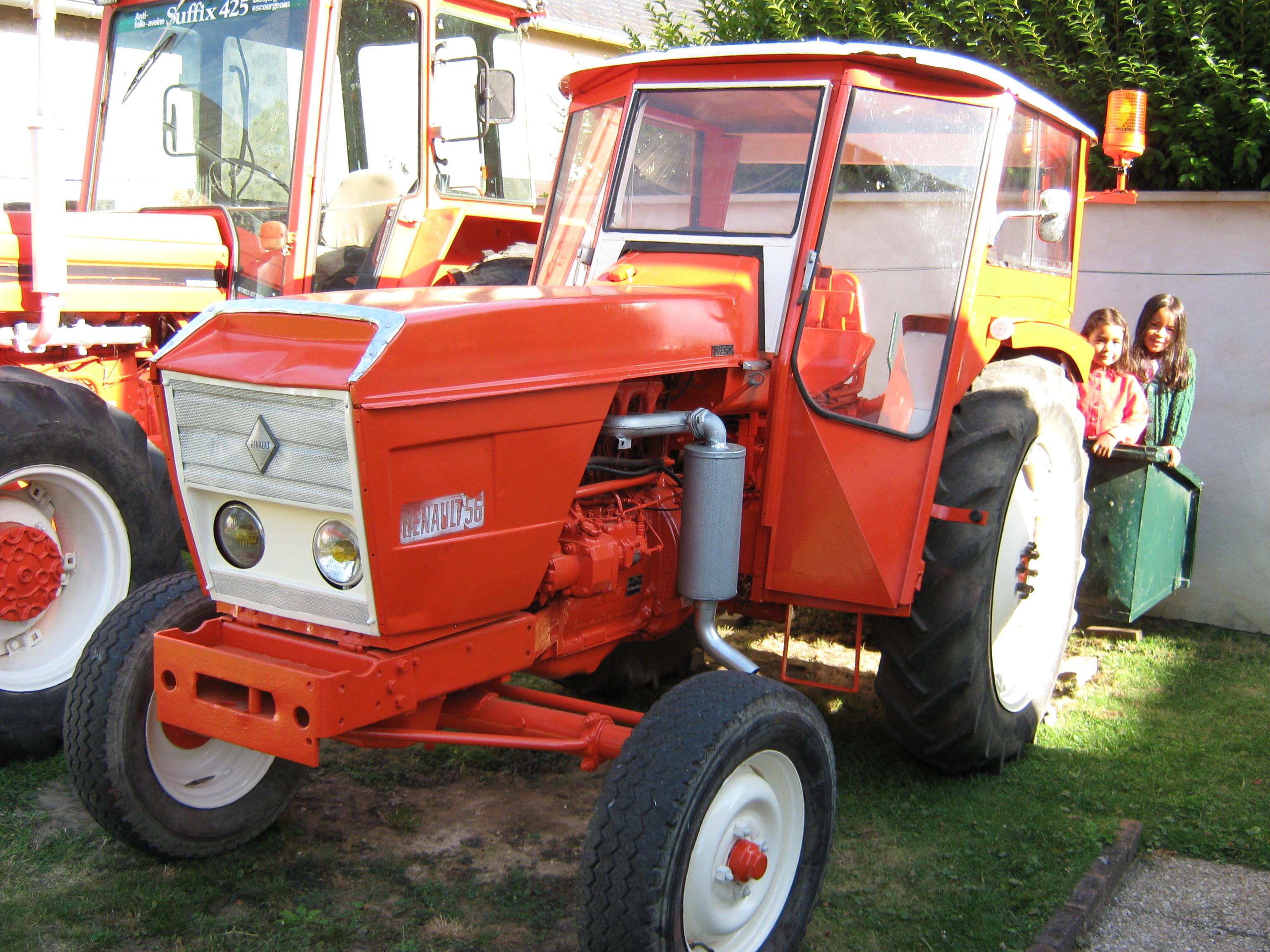 avis 56 de la marque renault tracteurs agricoles. Black Bedroom Furniture Sets. Home Design Ideas