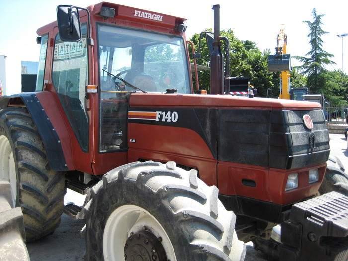 avis f140 de la marque fiatagri tracteurs agricoles. Black Bedroom Furniture Sets. Home Design Ideas