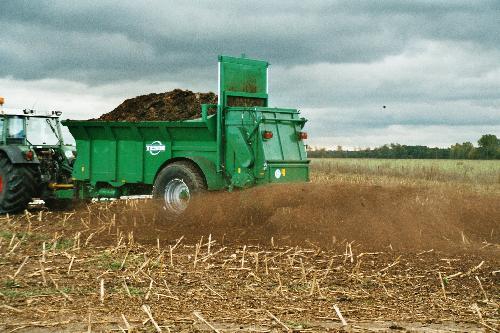 Photo du Epandeurs à fumier et composts MS140