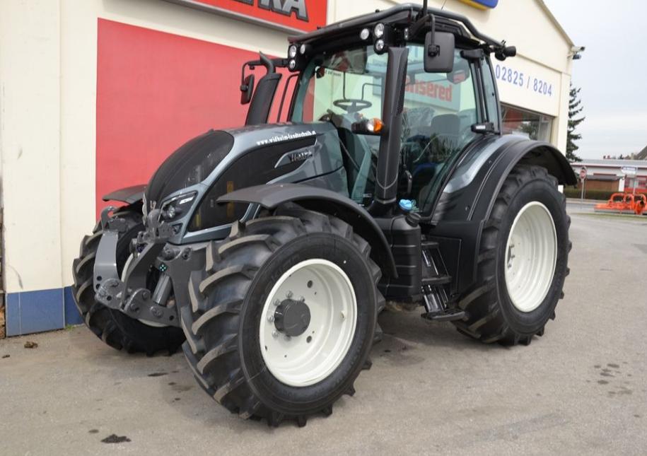 Photo du Tracteurs agricoles N154 E