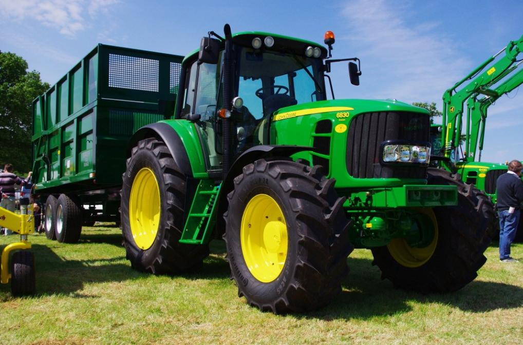 Photo du Tracteurs agricoles 6830 Premium