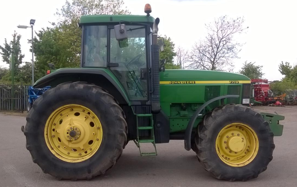 Photo du Tracteurs agricoles 7710 Powershift