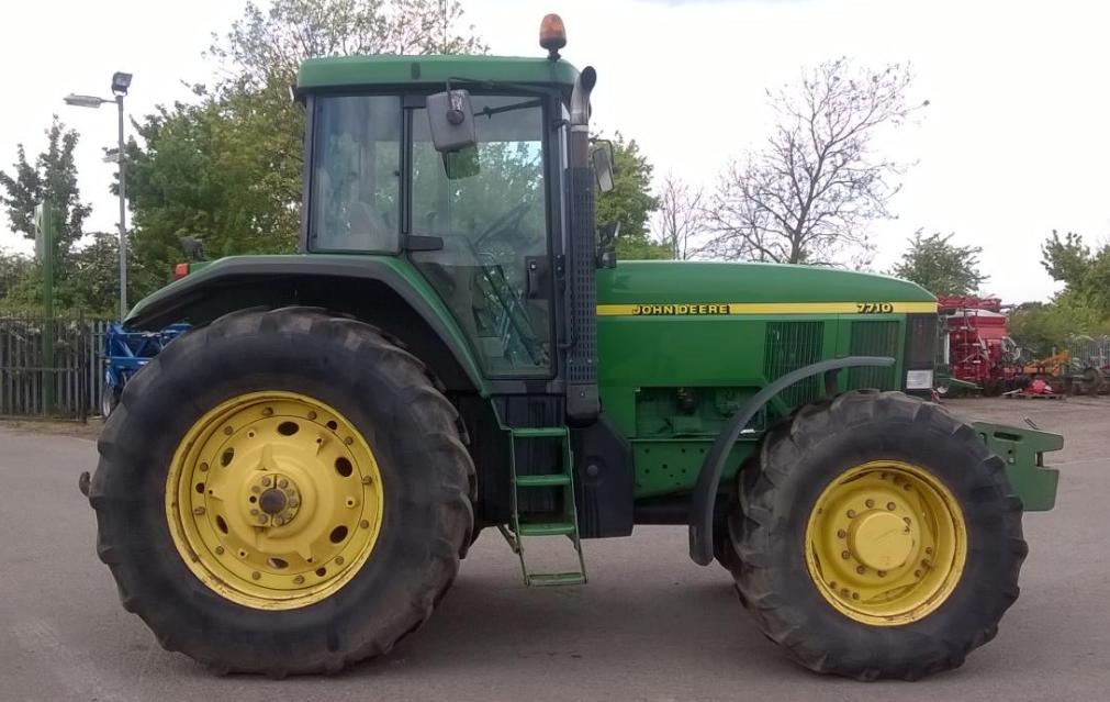 Photo du Tracteurs agricoles 7710 Powershift