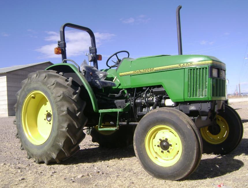 Photo du Autres tracteurs 5400SN Arceau
