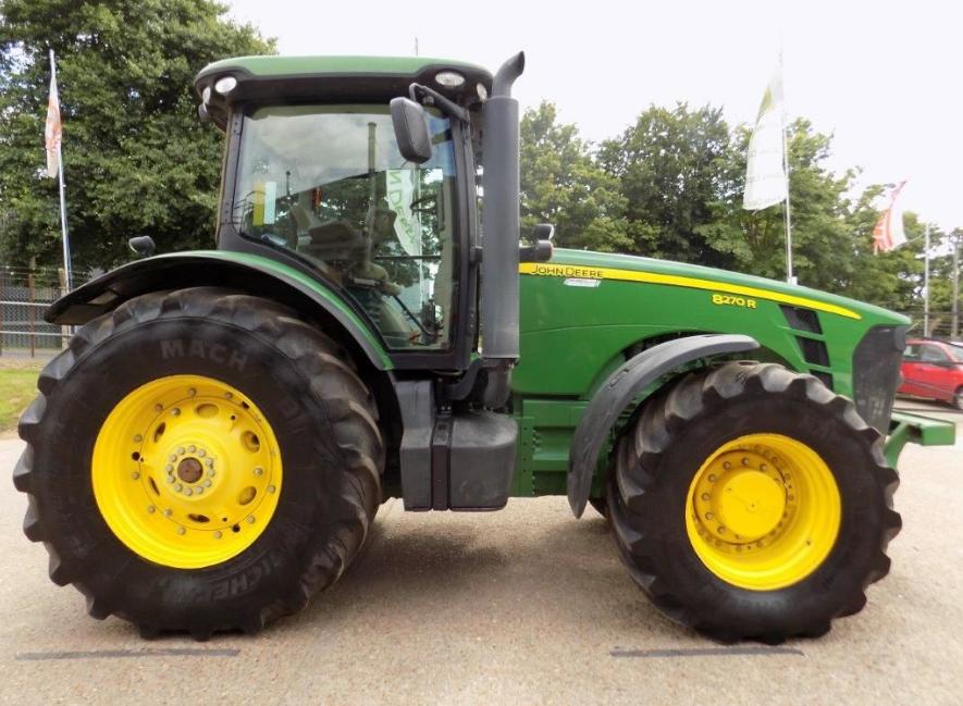 Photo du Tracteurs agricoles 8270R