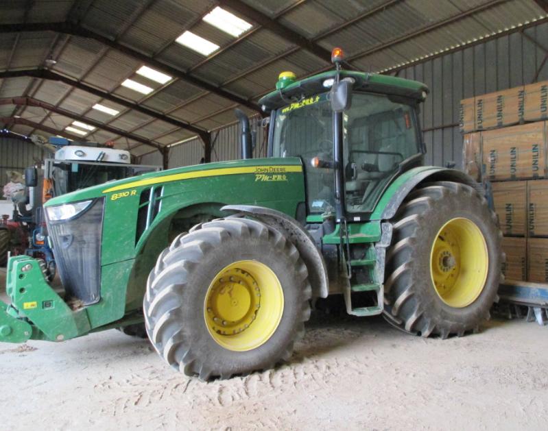 Photo du Tracteurs agricoles 8310R