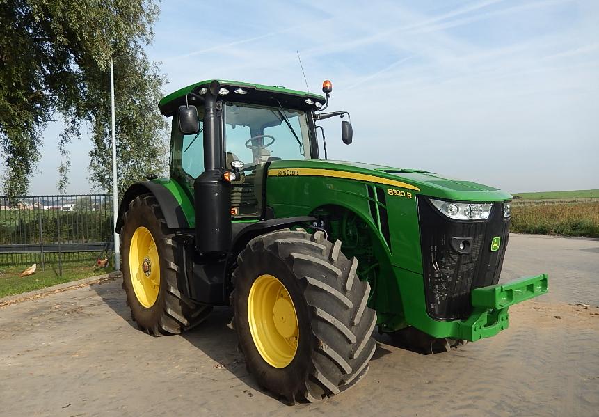 Photo du Tracteurs agricoles 8320R