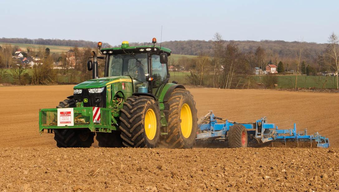 Photo du Tracteurs agricoles 8360R