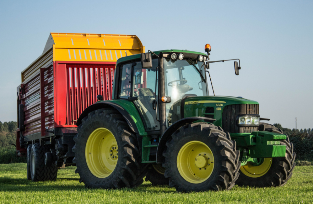 Photo du Tracteurs agricoles 6330