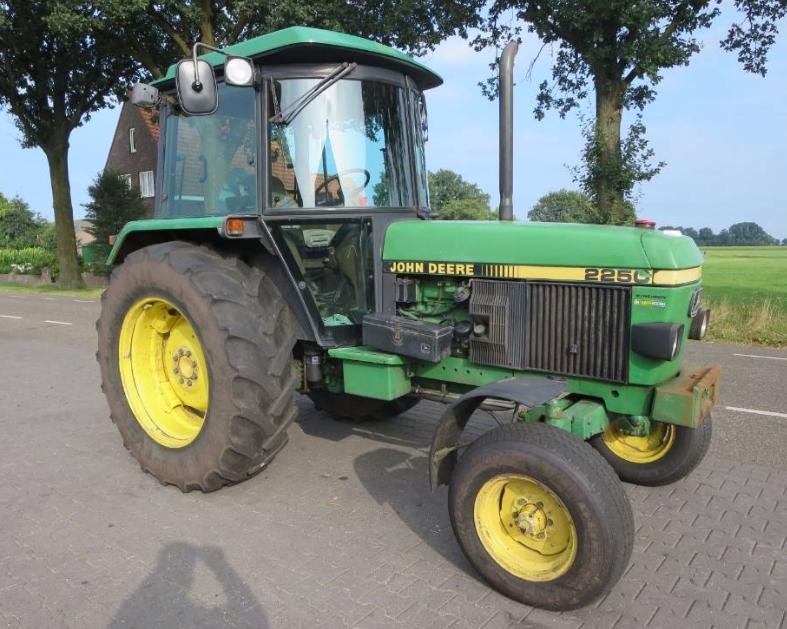 Photo du Tracteurs agricoles 2250 Luxe