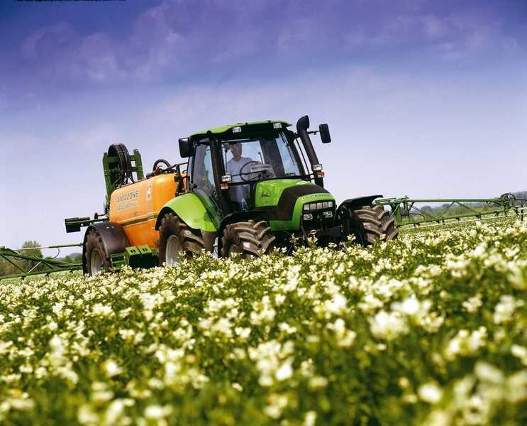 Photo du Tracteurs agricoles Agrotron 120