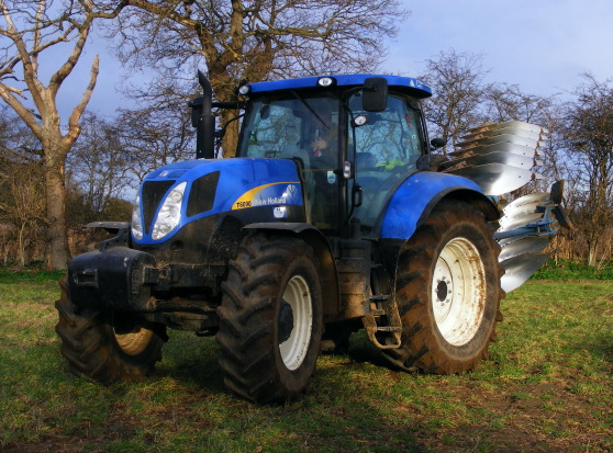Photo du Tracteurs agricoles T6090 Active Range Command