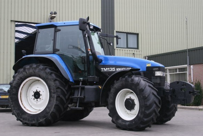 Photo du Tracteurs agricoles TM135 Range Command