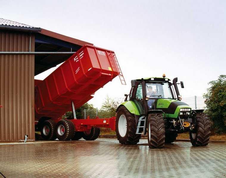 Photo du Tracteurs agricoles Agrotron 150.7