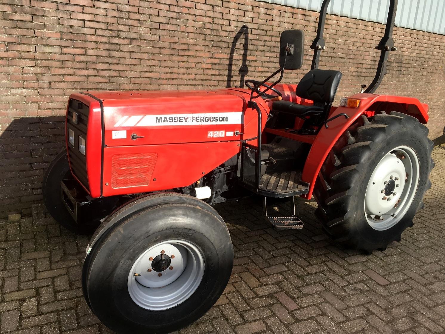 Photo du Tracteurs agricoles MF 420