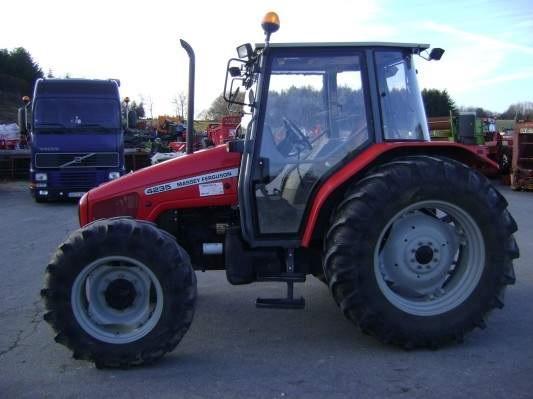 Photo du Tracteurs agricoles MF 4235 Confort Capot Plongeant