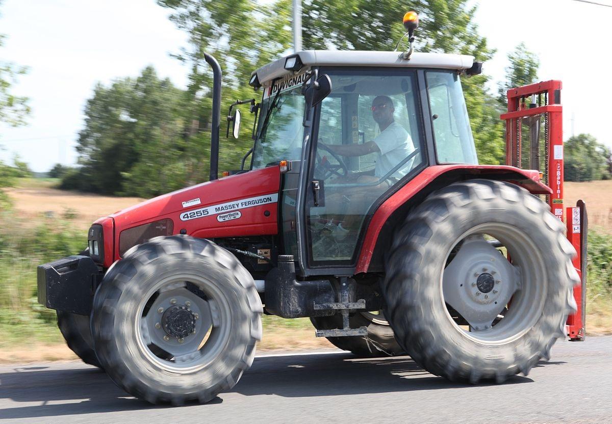Photo du Tracteurs agricoles MF 4255 Confort Capot Plongeant
