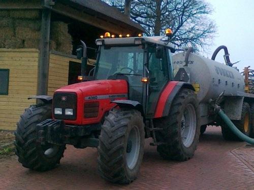 Photo du Tracteurs agricoles MF 4360 Luxe