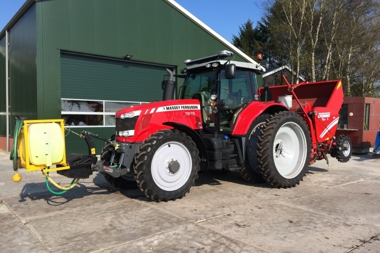 Photo du Tracteurs agricoles MF 7615 Dyna-VT