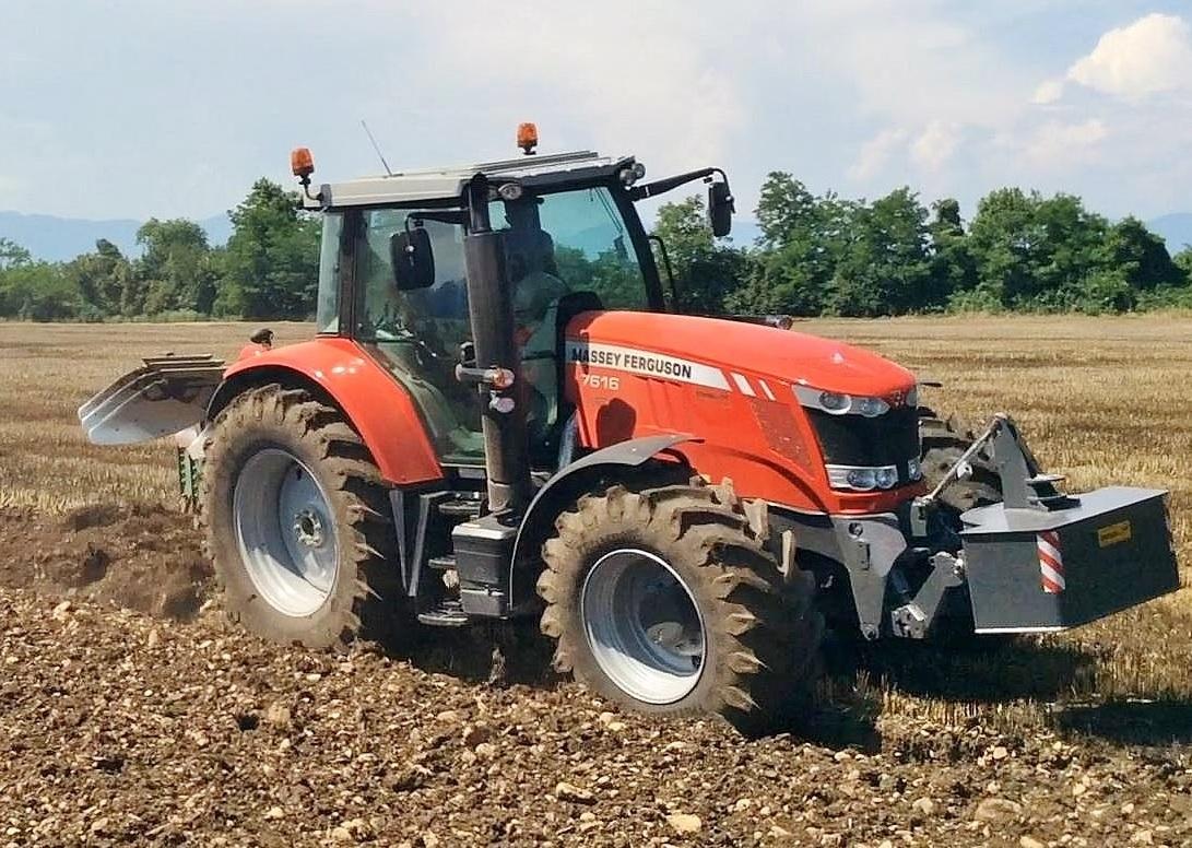 Photo du Tracteurs agricoles MF 7616 Dyna-6