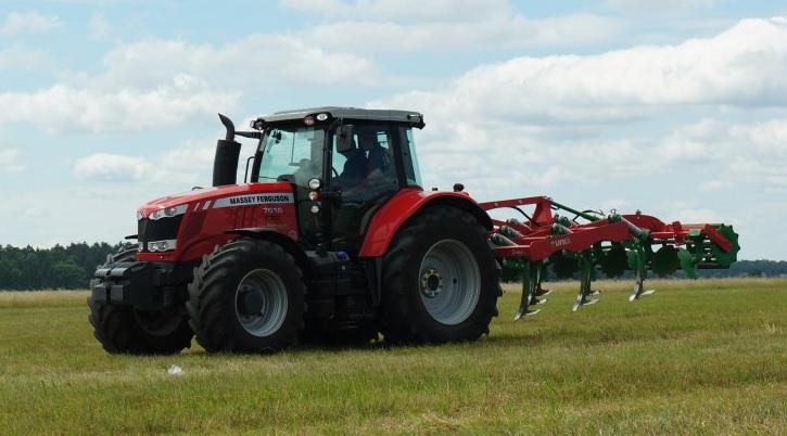 Photo du Tracteurs agricoles MF 7616 Dyna-VT