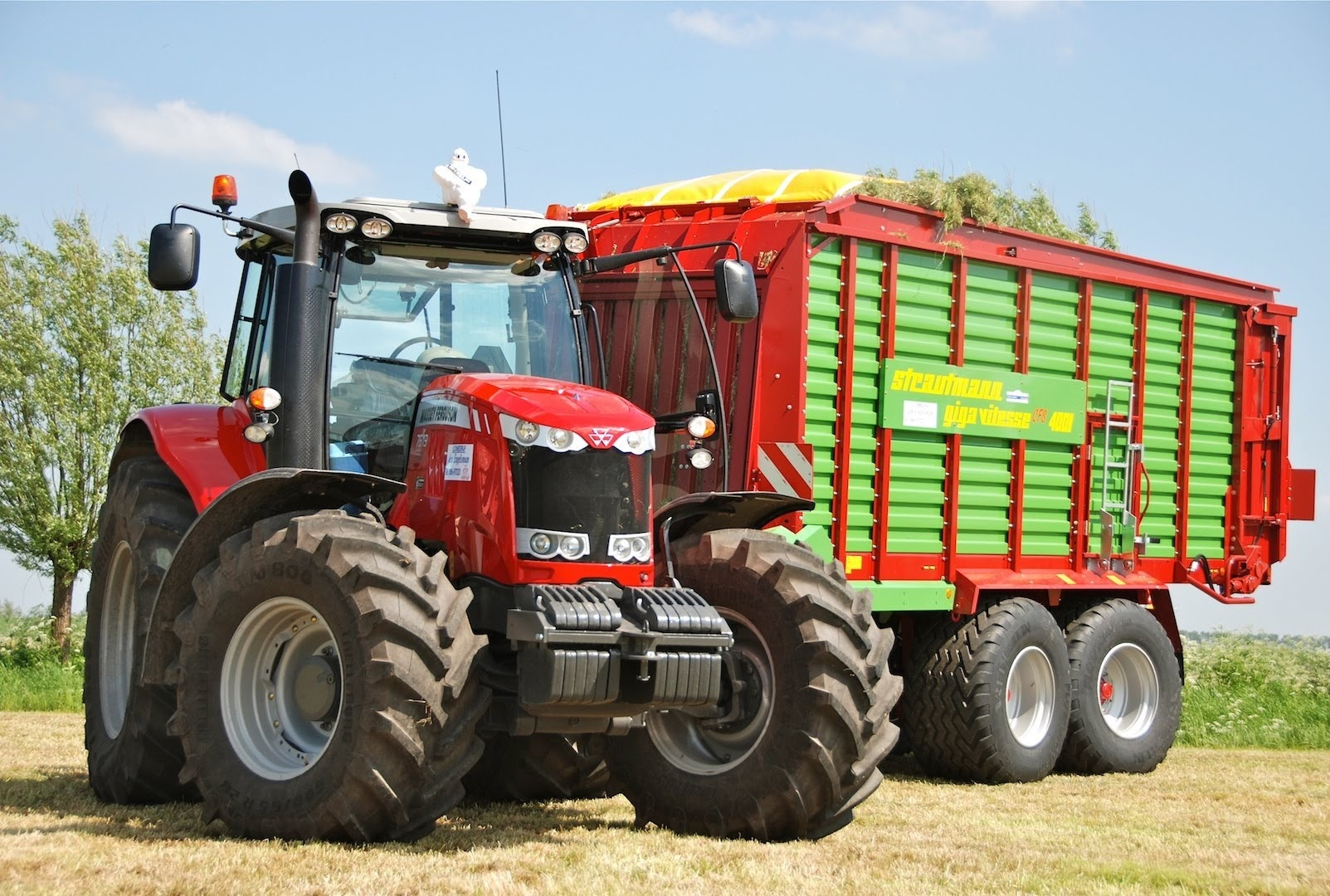 Photo du Tracteurs agricoles MF 7619 Dyna-VT