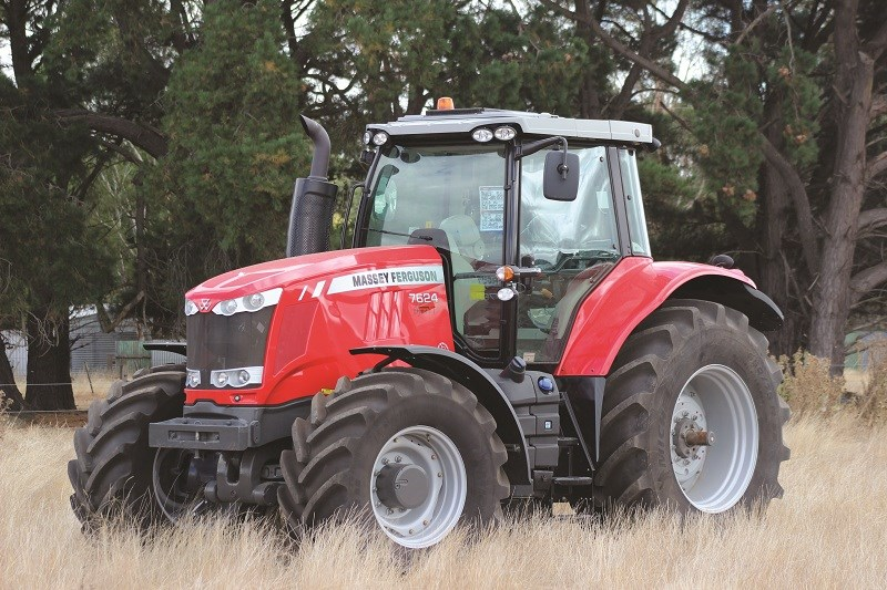 Photo du Tracteurs agricoles MF 7624 Dyna-6