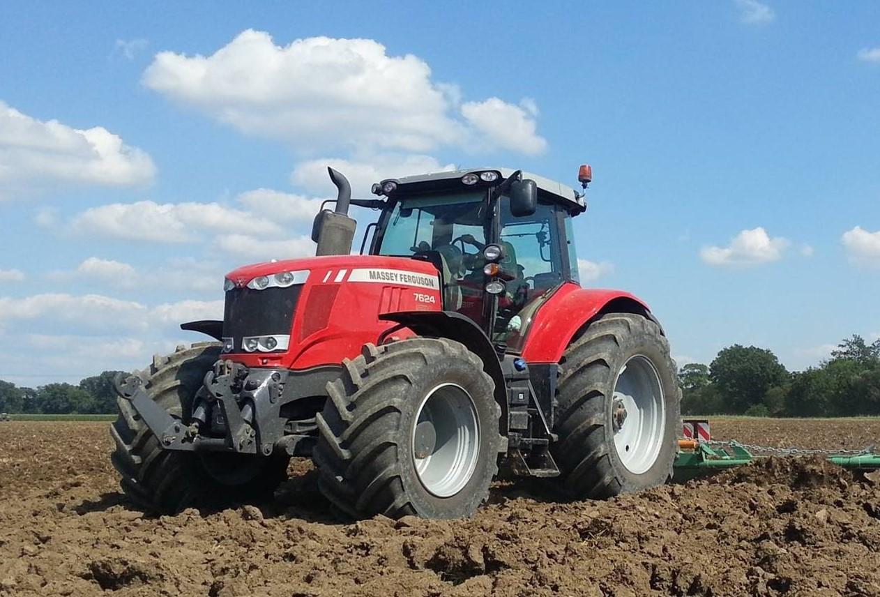 Photo du Tracteurs agricoles MF 7624 Dyna-VT