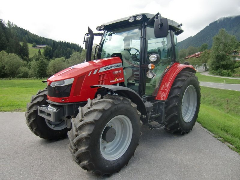 Photo du Tracteurs agricoles MF 5609 Slimline Essentiel
