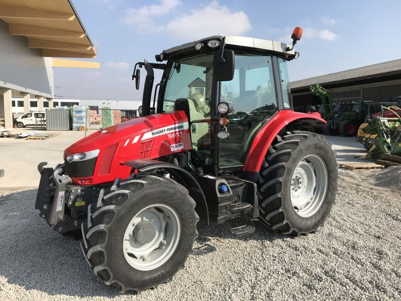 Photo du Tracteurs agricoles MF 5611 Dyna-6 Efficient Panoramique