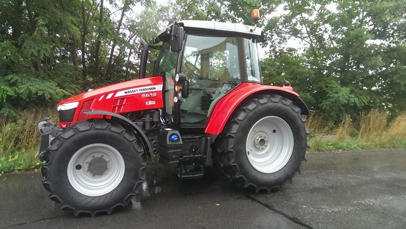 Photo du Tracteurs agricoles MF 5612 Dyna-6