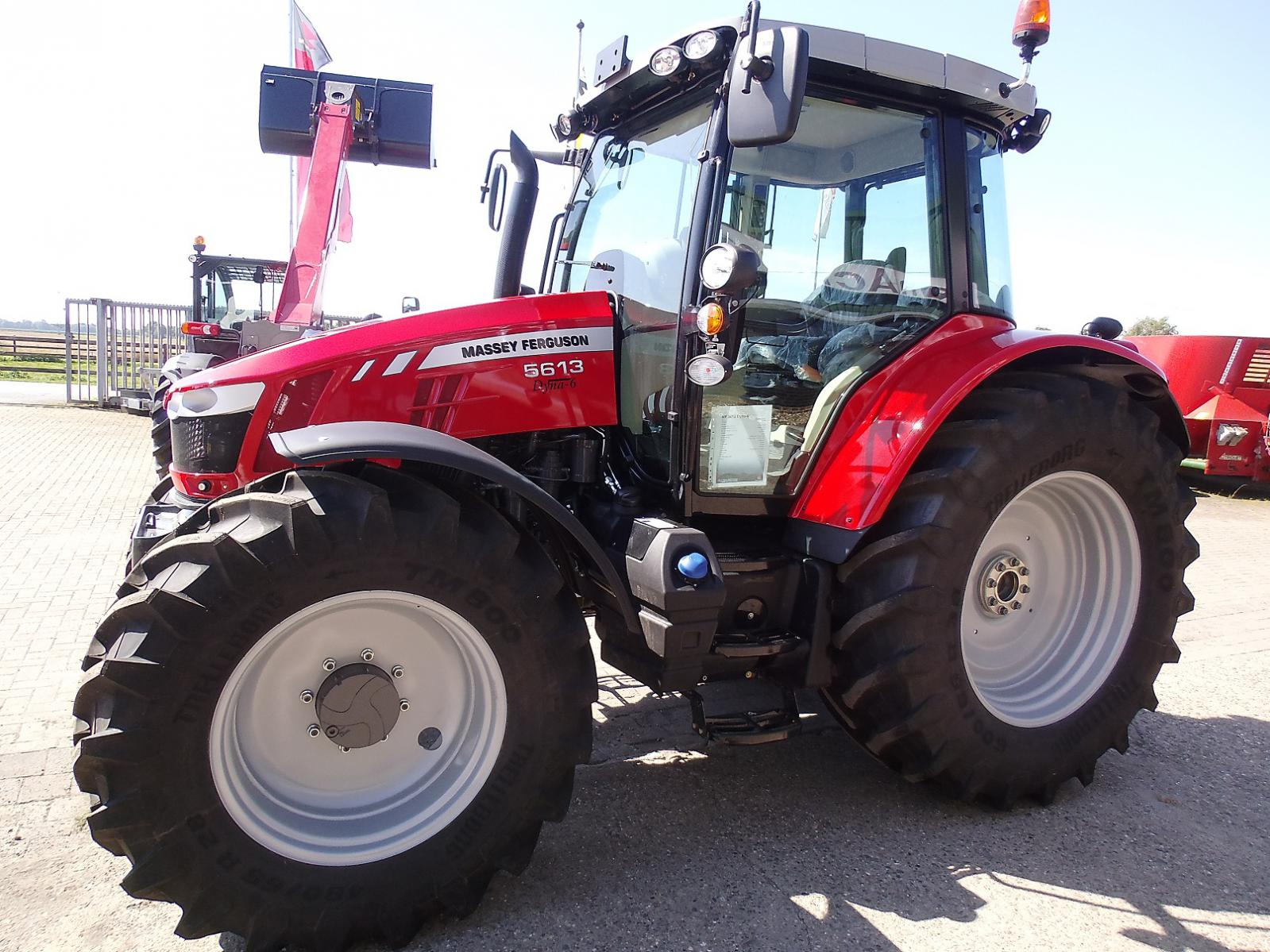Photo du Tracteurs agricoles MF 5613 Dyna-6