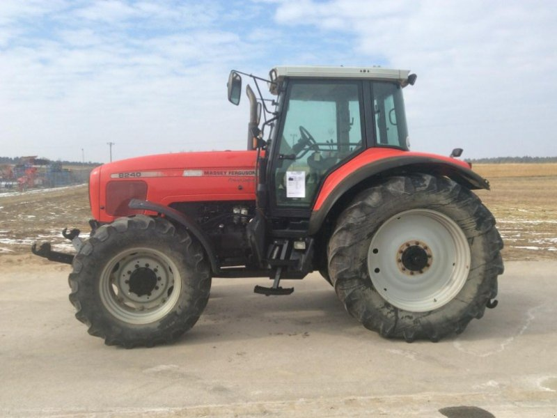 Photo du Tracteurs agricoles MF 8240 Dynashift