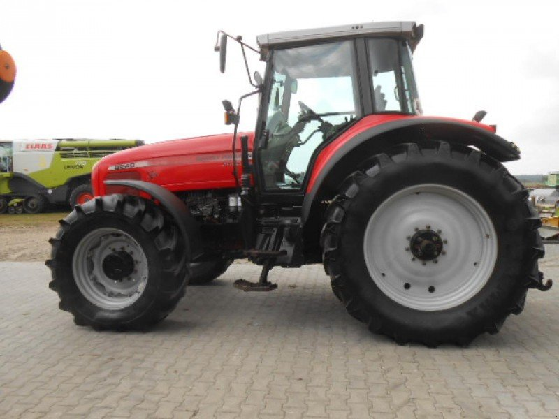 Photo du Tracteurs agricoles MF 8240 XTra