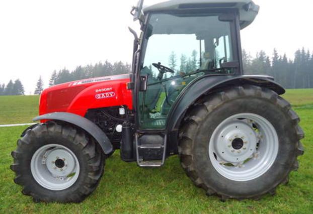 Photo du Tracteurs agricoles MF 2430 ST