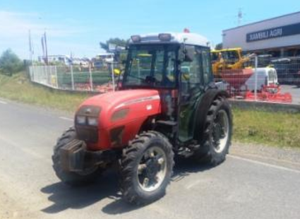 Photo du Tracteurs fruitiers MF 3225 F Arceau Rabattable