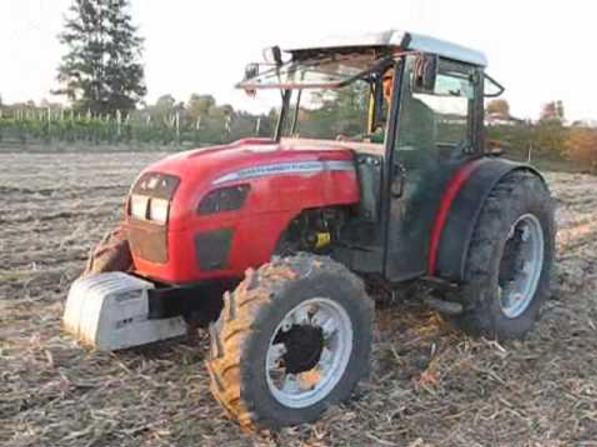 Photo du Tracteurs fruitiers MF 3245 S Arceau Rabattable