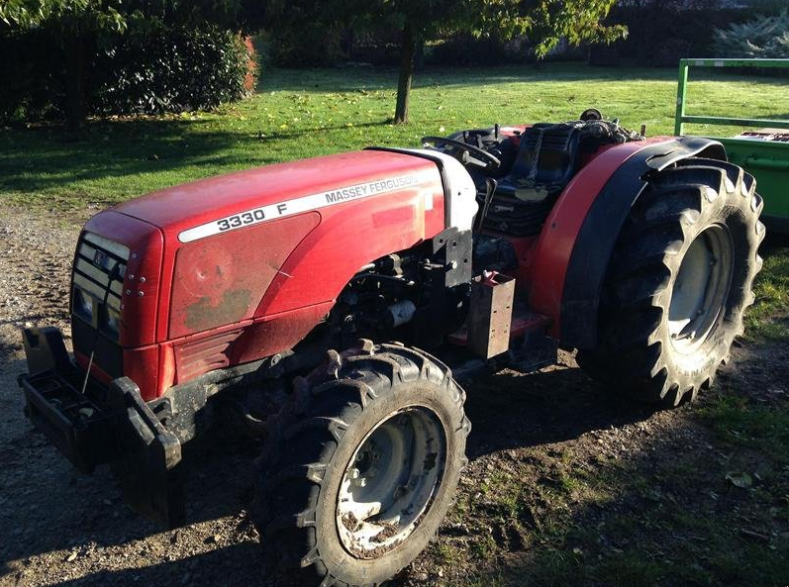 Photo du Tracteurs fruitiers 3330 F Arceau Rabattable