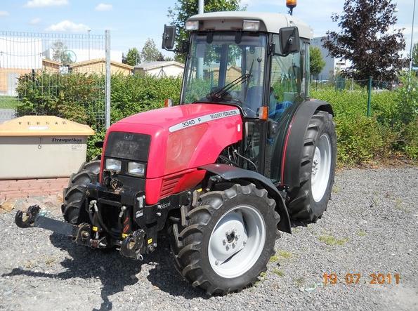 Photo du Tracteurs fruitiers MF 3340 F Arceau Rabattable