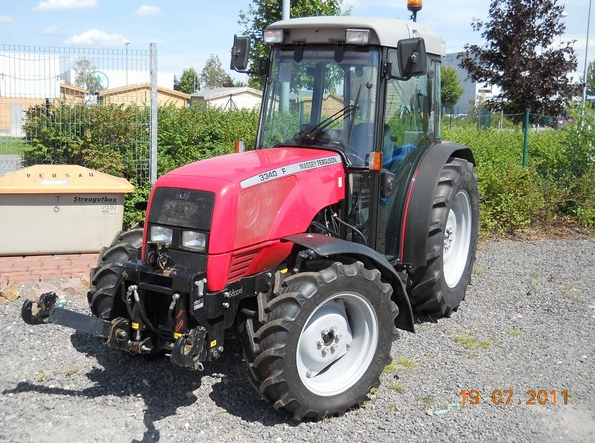 Photo du Tracteurs fruitiers MF 3340 F Arceau Rabattable