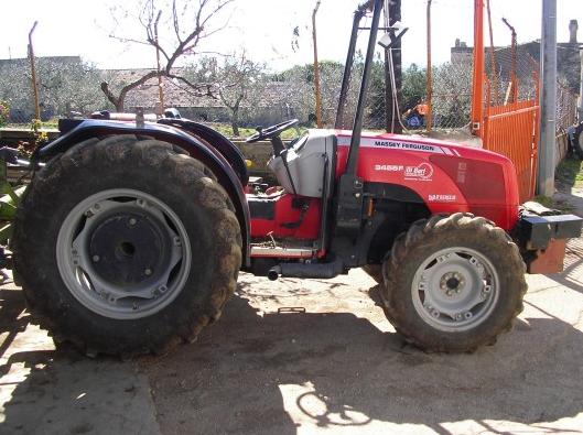 Photo du Tracteurs fruitiers 3350 S Arceau Rabattable