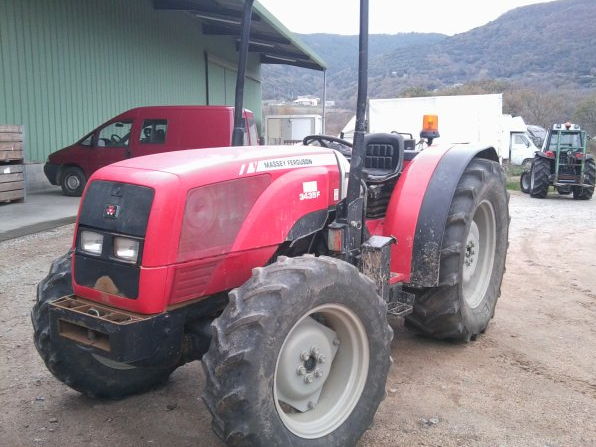 Photo du Tracteurs fruitiers MF 3435 F
