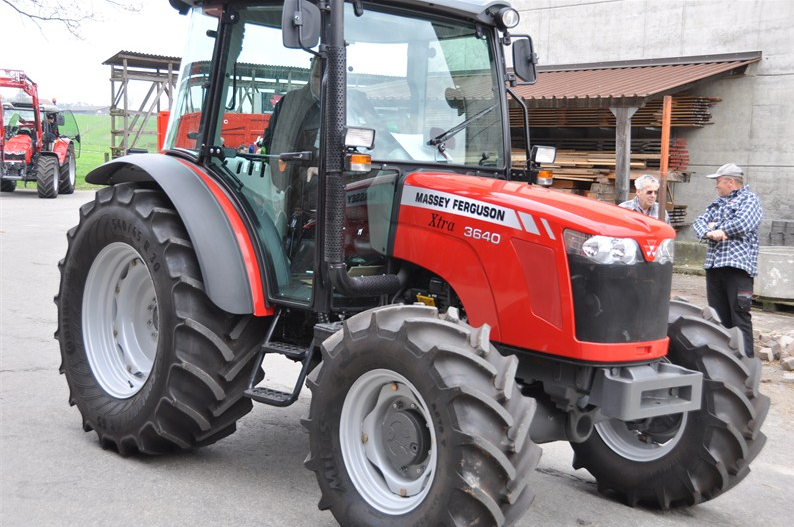 Photo du Tracteurs agricoles MF 3640