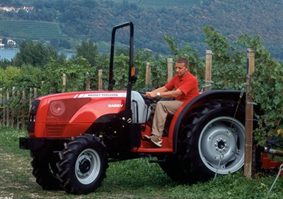 Photo du Tracteurs fruitiers MF 3455 GE