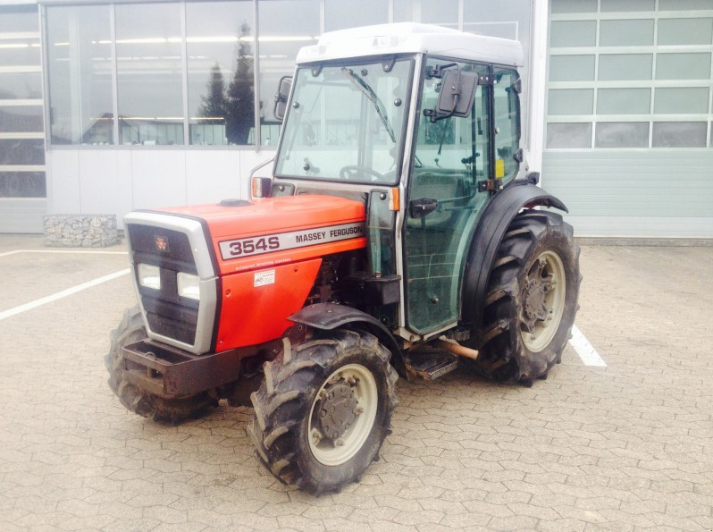 Photo du Tracteurs fruitiers MF 354 SGE Basset