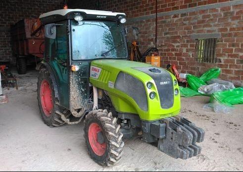 Photo du Tracteurs agricoles Nexos 210 VE / VL / F