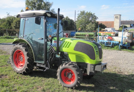 Photo du Tracteurs agricoles Nexos 220 VE / VL / F