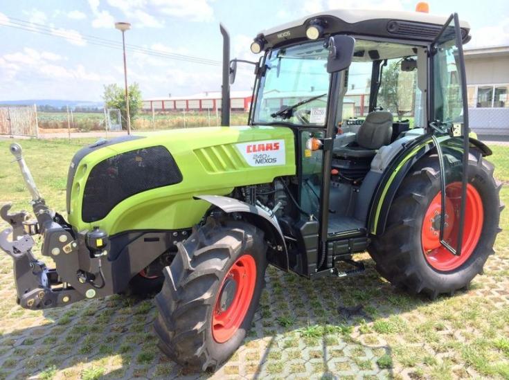 Photo du Tracteurs agricoles Nexos 240 VL / VE / F