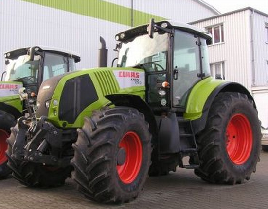 Photo du Tracteurs agricoles Axion 820